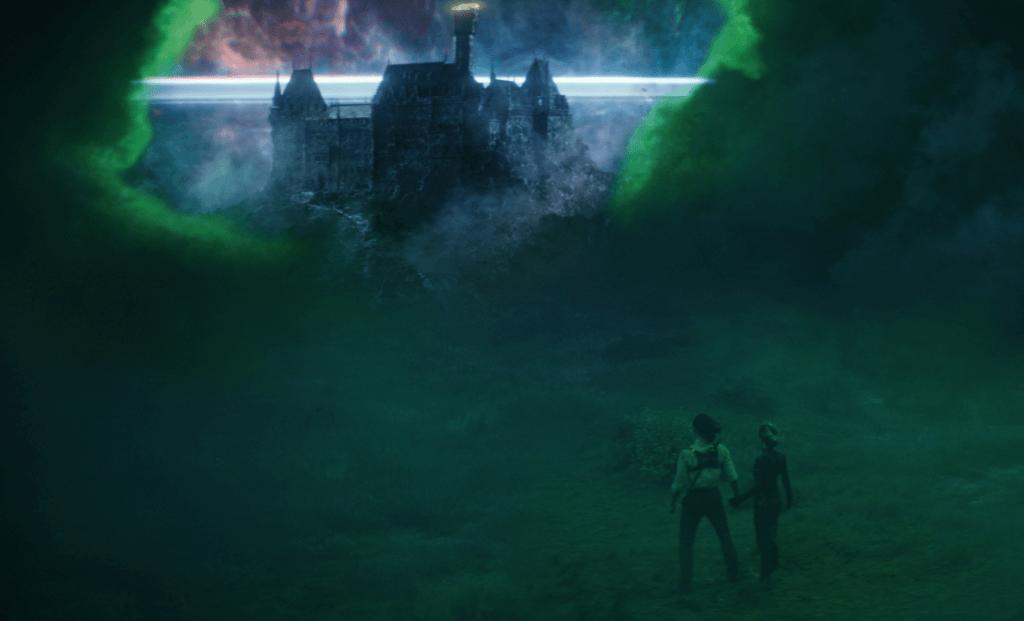 Sylvie e Loki no quinto episódio Jornada ao Mistério, após encantar Alioth
