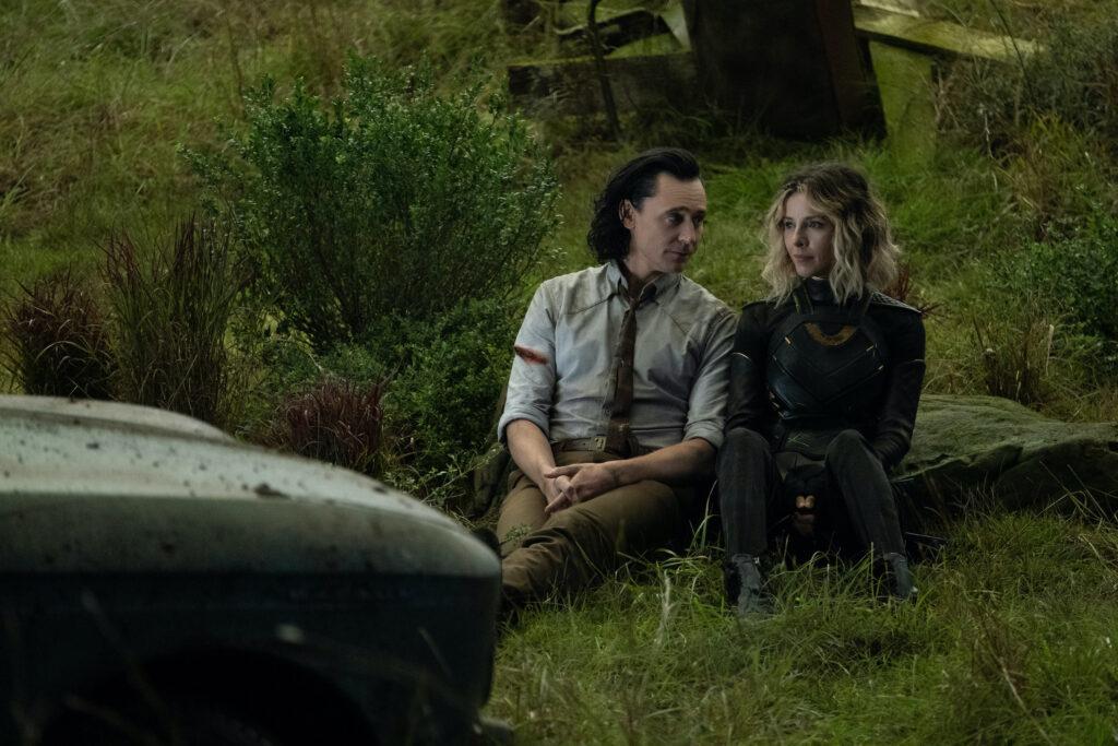 Loki e Sylvie no Vazio no episódio Jornada ao Mistério